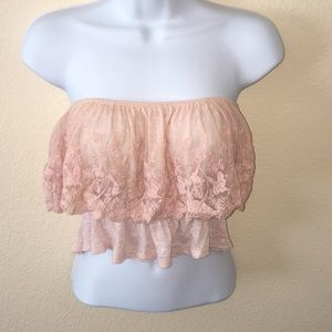 🎀Wet Seal Crochet Light Pink Crop Top🎀